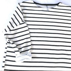 Black and White Striped Long Sleeve T-shirt Dress